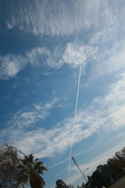 Chemtrails over Livermore California Jan 5, 2013